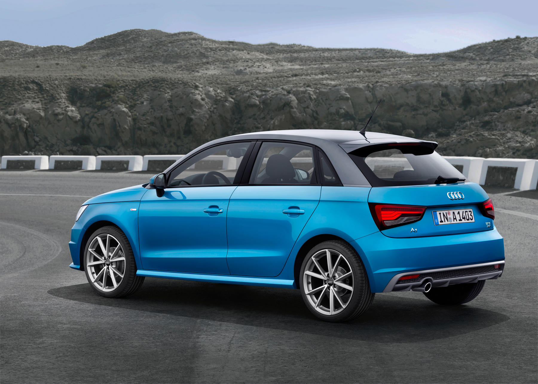 driving review audi a1 women on wheels. Black Bedroom Furniture Sets. Home Design Ideas