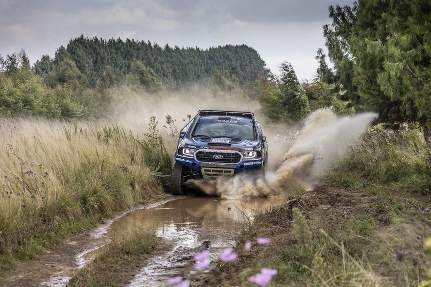 Neil Woolridge Motorsport makes history in the Mpumalanga 400
