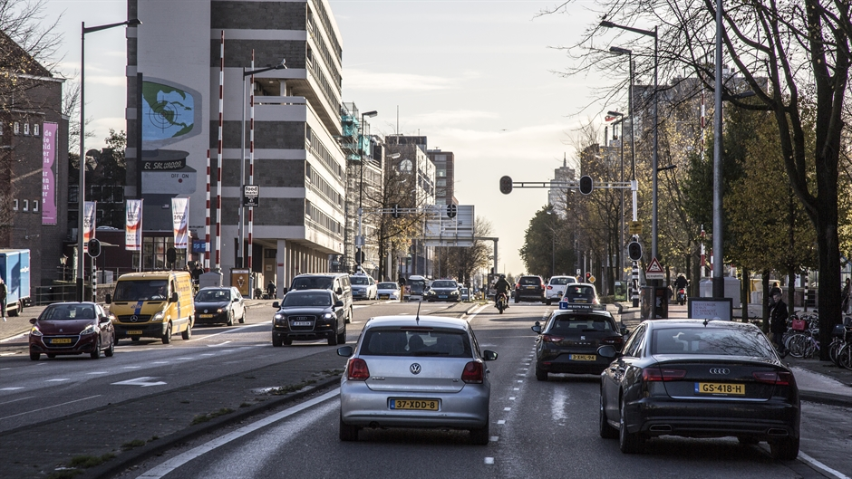 Amsterdam bans cars on busiest road to test effect on air quality