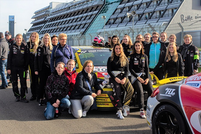 Giti Angels | female race team | driving | Nurburgring | racing