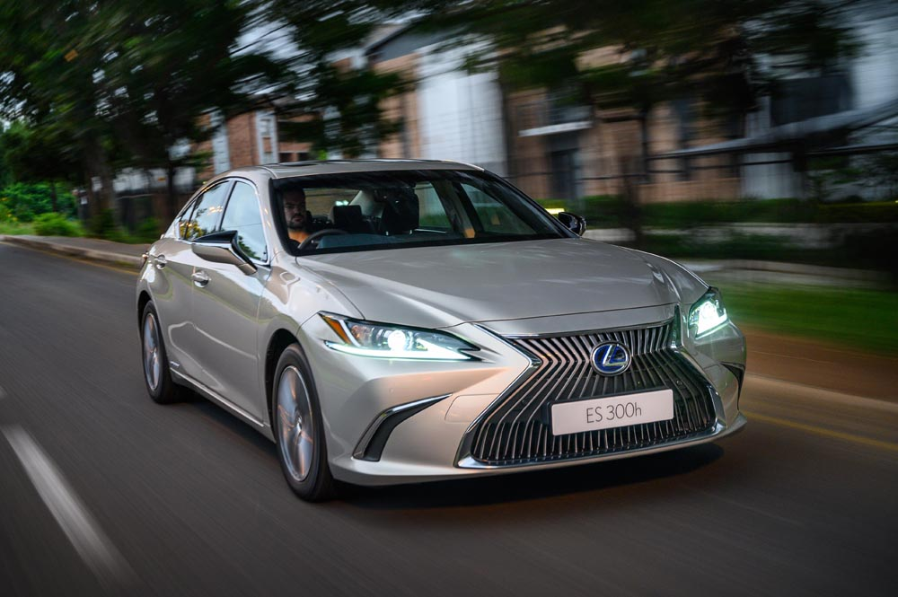Lexus ES 300h EX