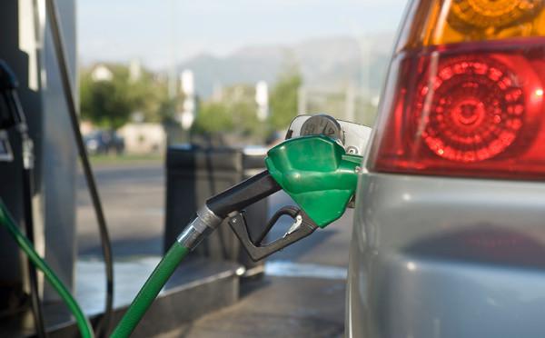 May-petrol-rise_istock