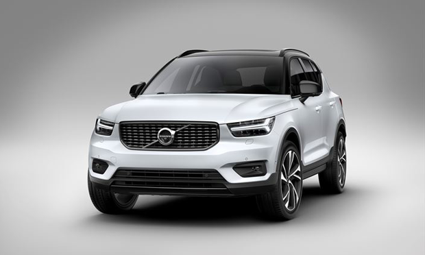 New-XC40-completes-global-Volvo-line-up-in-fast-growing-premium-SUV-segments