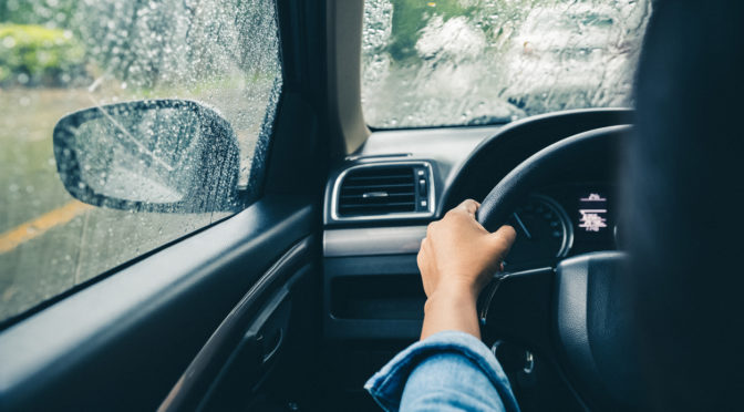 Driving in the rain | Tips