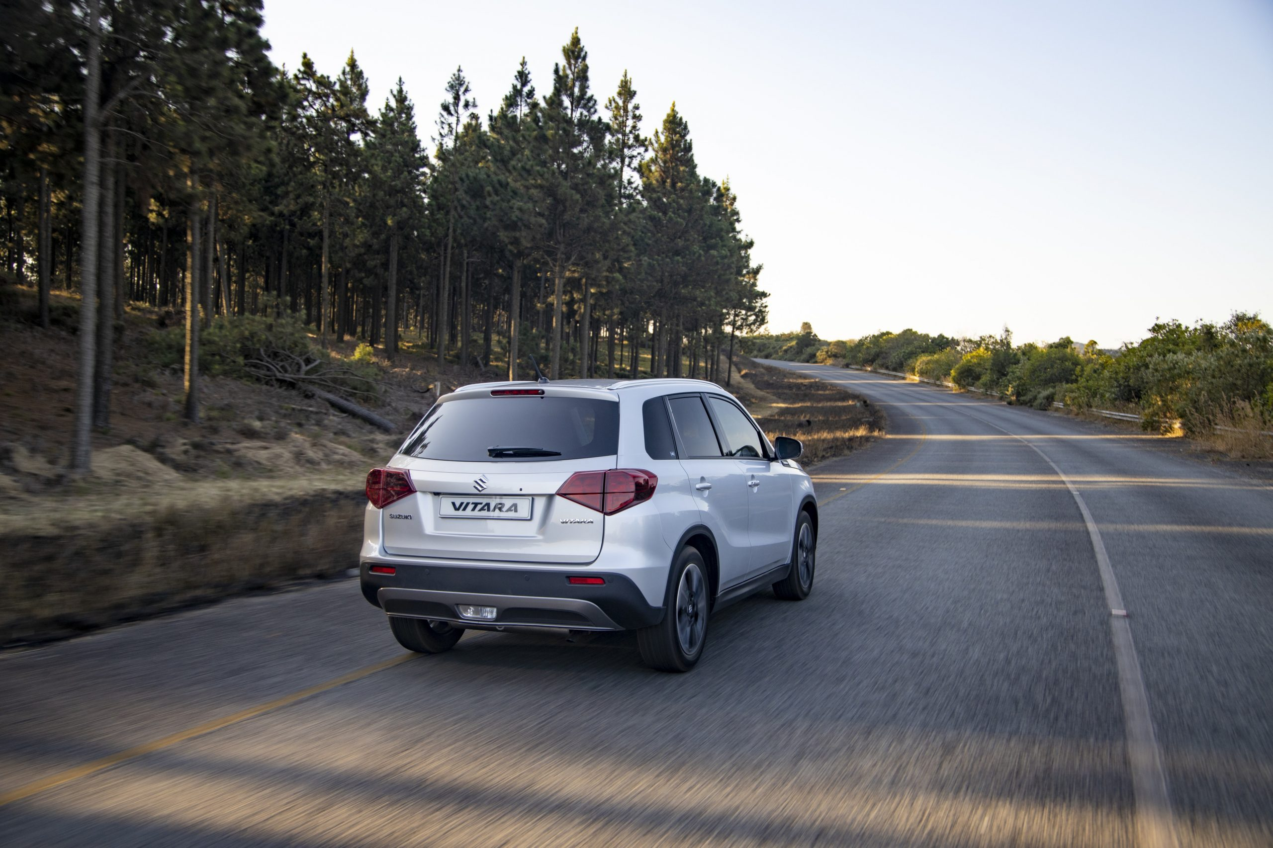Suzuki | Vitara 1.4 turbo GLX | compact SUV | car review