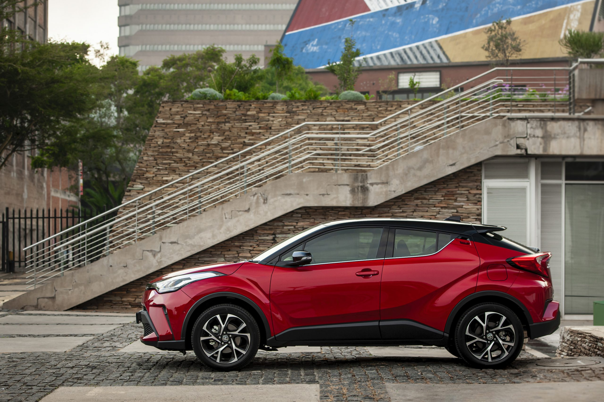 Toyota C-HR | crossover | compact | coupe high rider