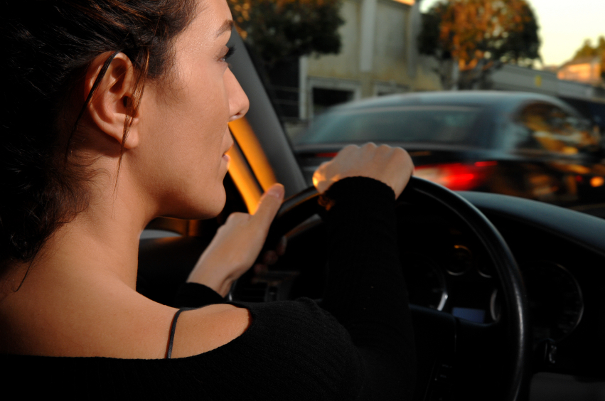 5 Best Tips For Women Driving Alone At Night Women On Wheels