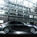 Lexus IS 200t - side view