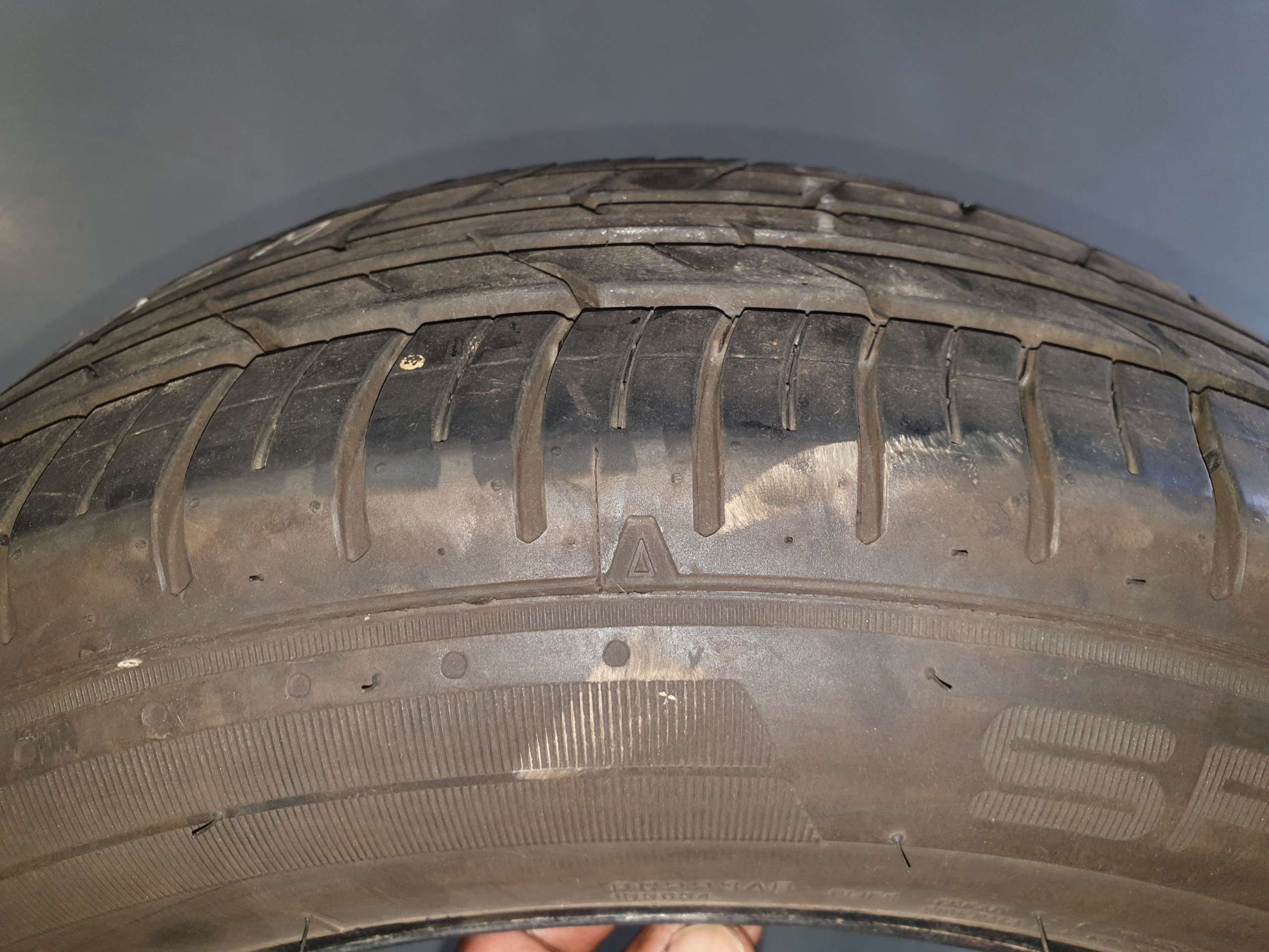 Second-hand tyres